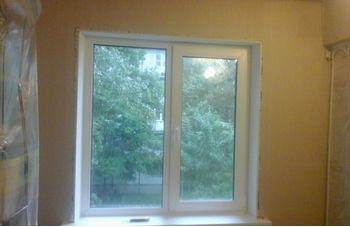 Установка двухстворчатого пластикового окна